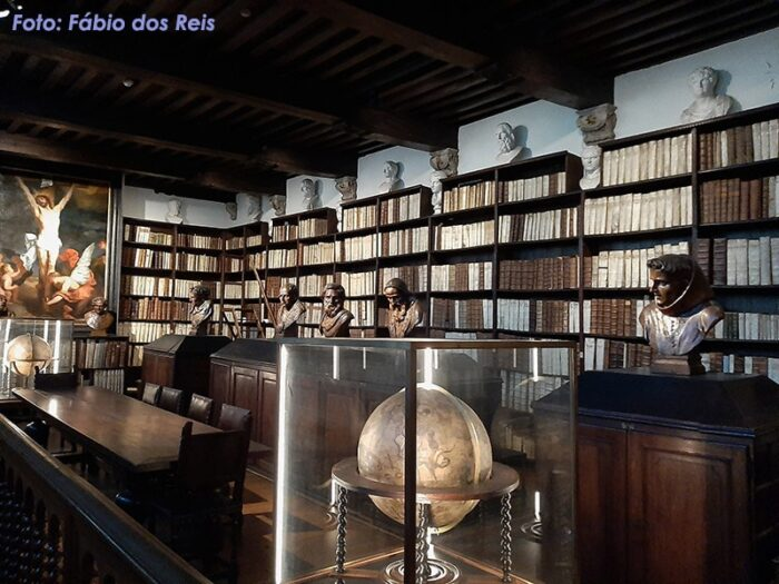 Biblioteca no Museu Plantin-Moretus
